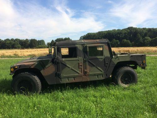 HMMWV / Hummer H1